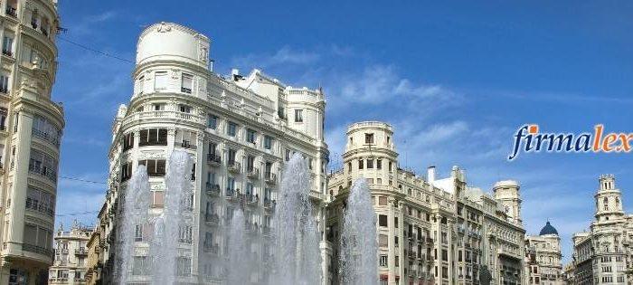 Eine Person hat ihren Wohnsitz im spanischen Hoheitsgebiet, wenn einer der folgenden Umstände zutrifft